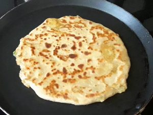 golden brown paratha from both sides
