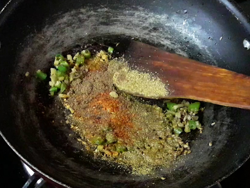 garam masala added in samosa stuffing