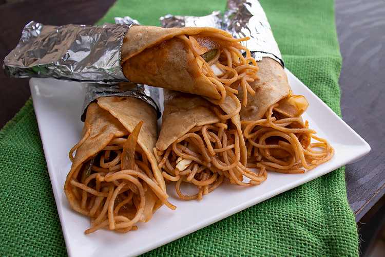 chowmein-roll-recipe-noodle-roll-recipe
